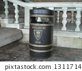 Stockholm garbage can 1311714