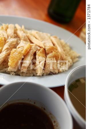 和米饭一起煮的食物 鸡 鸡肉 1371784