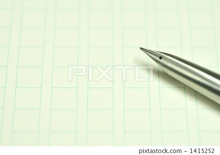 Original paper and fountain pen 1415252