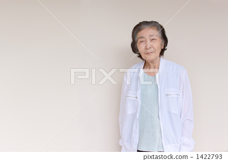 senior, female, females 1422793