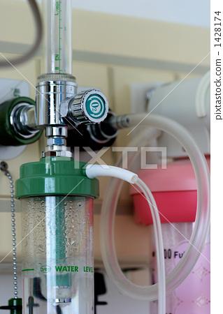 Hospital room_oxygen 1428174