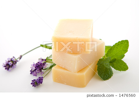 Mint and lavender and natural soap 1476560