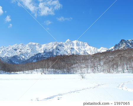 Viewed from Togakushi in the winter 1597065
