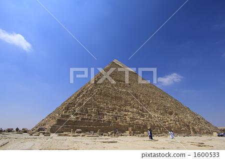 Pyramid of King Kahfura 1600533