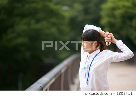 New employee to take a break (Model: Yukie Tsukura) 1802411