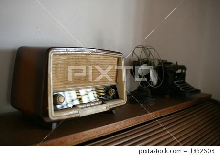 골동품 라디오 타자기 1852603