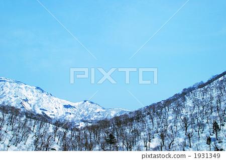 Orofure Pass in winter 1931349