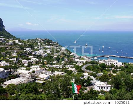 카프리 섬의 전망 2025051