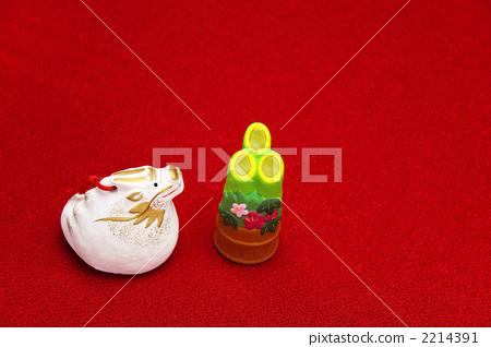 รูปปั้นมังกรและคาโดมัตสึด้าน 2012 2214391