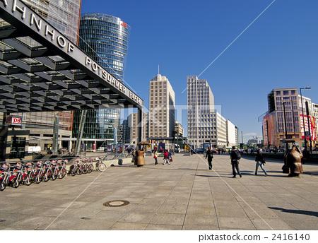 Potsdamer Platz in Berlin 2416140