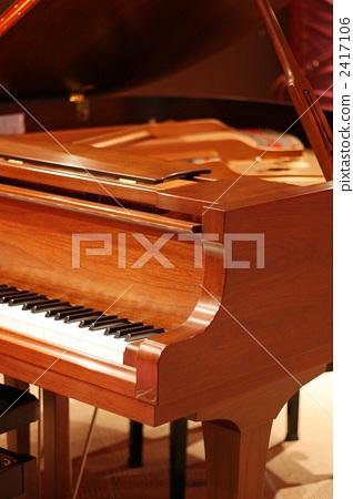 Grand piano 2417106