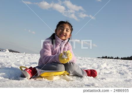 Snow fun 2486935