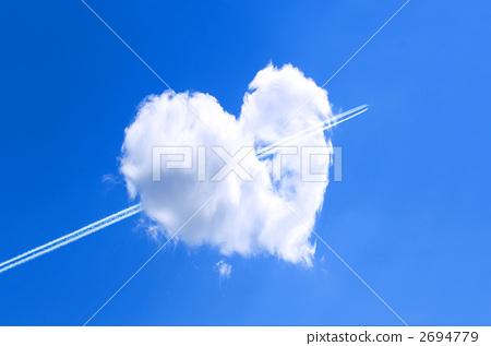 하트 구름 2694779