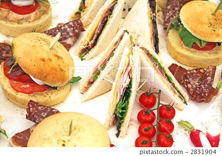 Sandwich and hamburgers 2831904