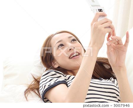 휴대 전화와 여자 3007946