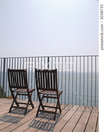 Deck chair by the seaside terrace 3098755