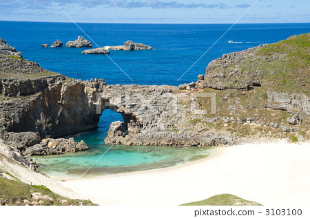 chichi-jima, karst, ogasawara islands 3103100