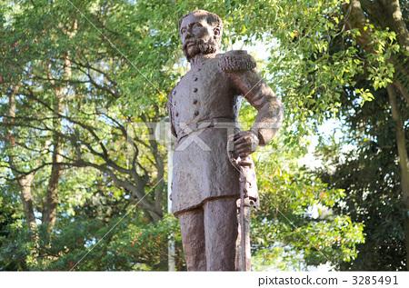 The statue of Putyutine 3285491