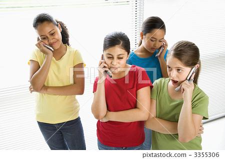 Preteen girls. 3355306