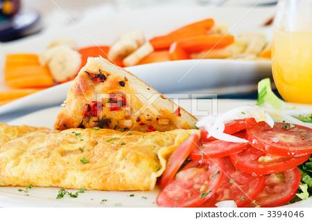 Delicious breakfast 3394046