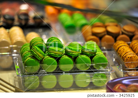 French sweet macaroons 3425925