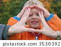 finger, rent, toddler 3536392