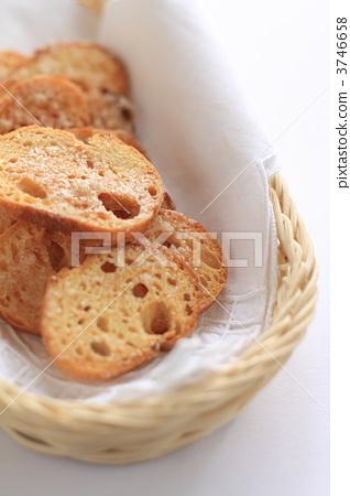 Sugar Lask and bread basket 3746658