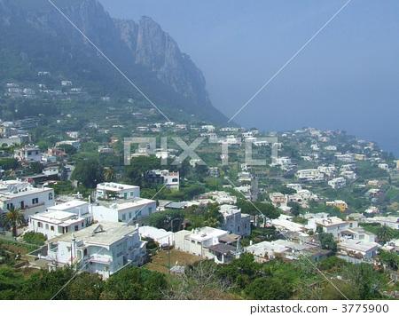 White houses on Capri Island 3775900