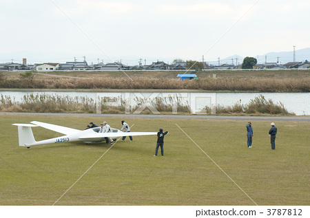 ASK-21, 착륙, 스카이 스포츠 3787812