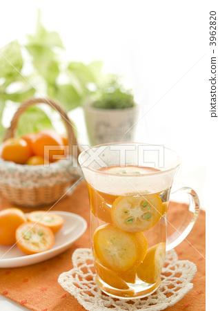 Hot drink of Kanchan 3962820
