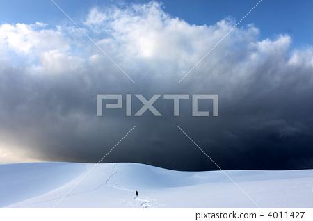 Winter sand dunes 4011427