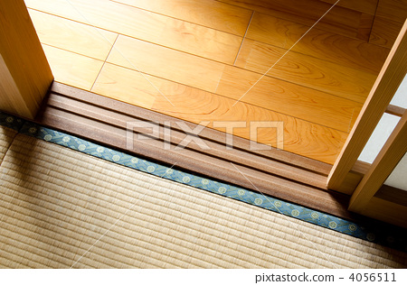 Boundary between flooring and tatami 4056511