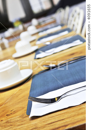 Table setting in a restaurant 4091635