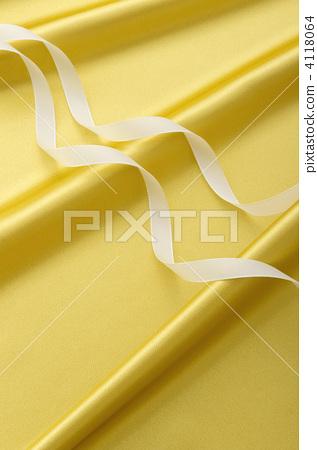 Golden satin and ribbon 4118064