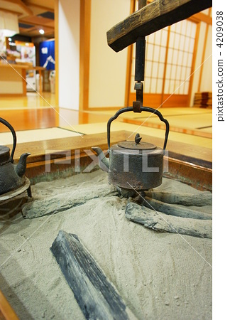 iron kettle 4209038