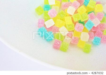 Dish cube 4287032