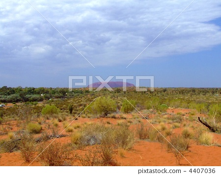 Magnificent monolith Ayers Rock 4407036