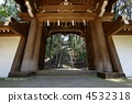 The gates and stone stairs of Toyokuni Temple 4532318