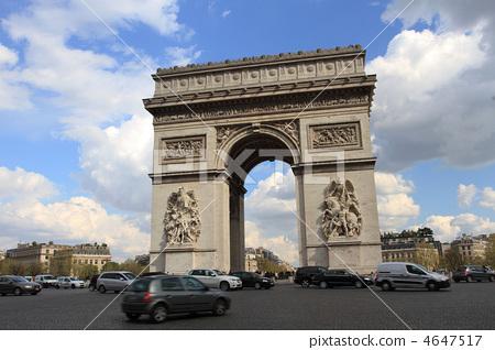 Arc de Triomphe in Paris 4647517