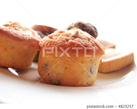 Baked goods 4823257