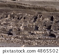 Castellian residence trace 4865502