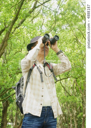 Bird watching men 4888187