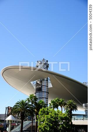 Las Vegas Fashion Show Mall 5004339