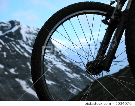 mountain bike 5034076