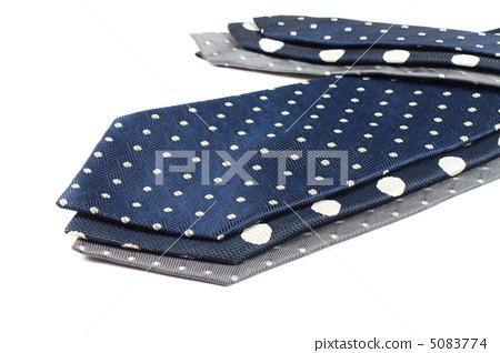 three different different tie 5083774