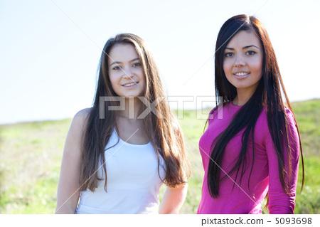 beautiful  teenager woman  outdoor 5093698