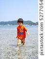 海水浴する子供 5277054