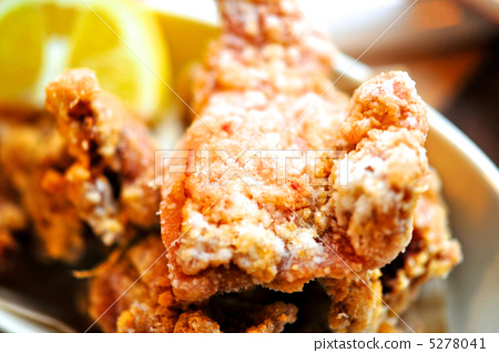 Deep-fried young chicken 5278041