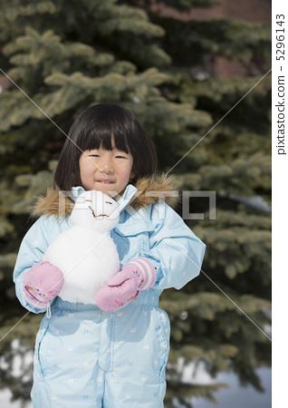 눈사람과 소녀 5296143