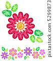 紅色花由珠寶製成 5299873
